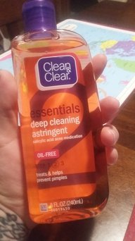 Clean & Clear Essentials Deep Cleaning Astringent uploaded by BRENDA G.