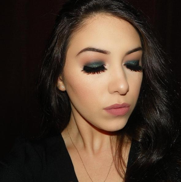 Deep Green Eyeshadow with Flirty Lashes