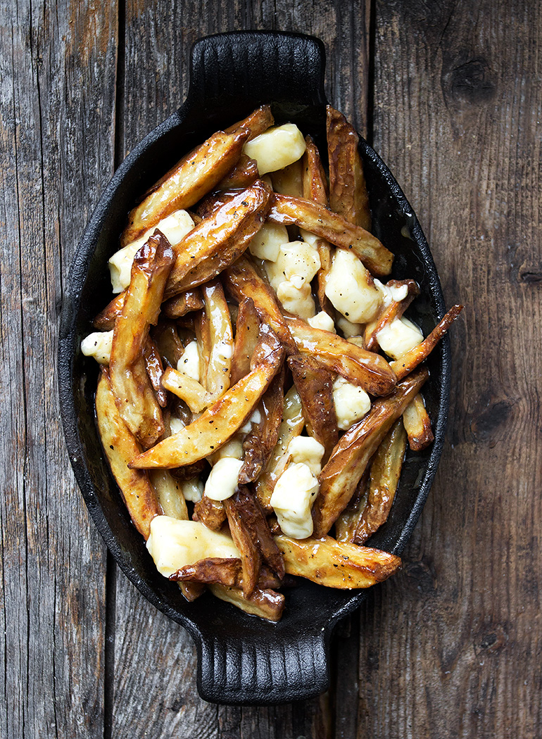 5 classic canadian recipes you can make at home authentic canadian poutine forumfinder Gallery