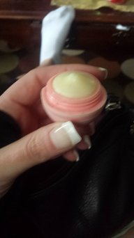 eos 2-pk. Visibly Soft Lip Balm Sphere Set - Limited Edition, Multicolor uploaded by Amanda B.