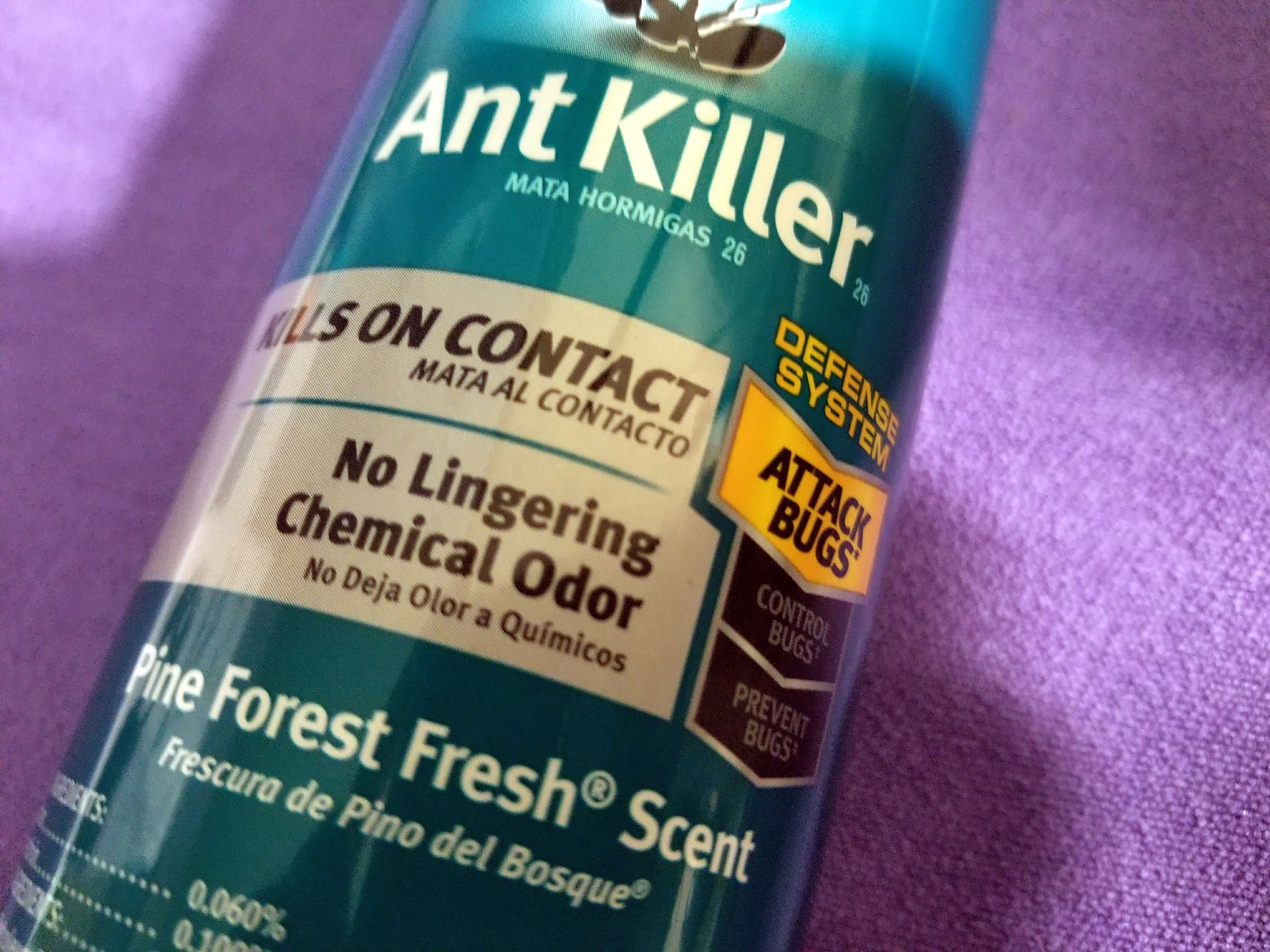 Raid Ant Killer Pine Forest Fresh Scent uploaded by Charnita F.