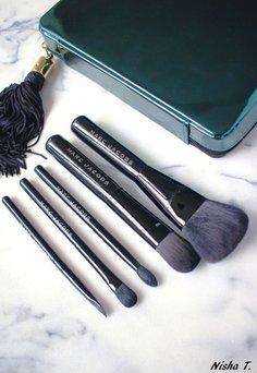 Marc Jacobs The Collection Makeup Brush Wardrobe uploaded by Nisha T.