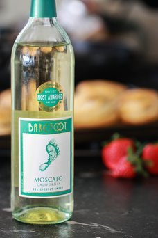 Barefoot Moscato uploaded by Amelia S.