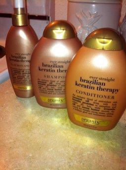 Organix Ever Straight Anti-Breakage Hair Serum uploaded by Kaee M.