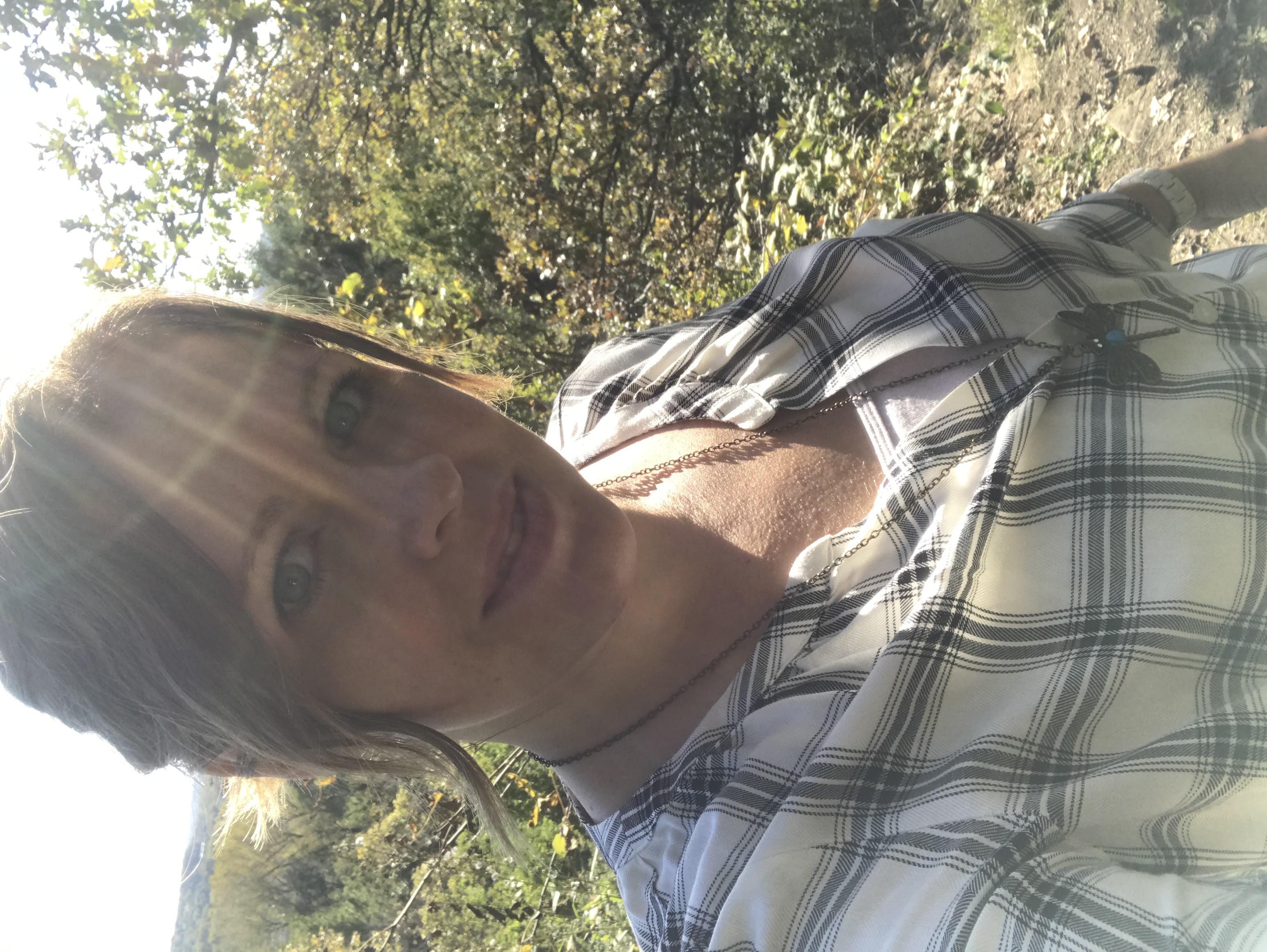 Hinge uploaded by Kristin H.