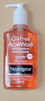Neutrogena® Oil-Free Acne Wash uploaded by Carla S.