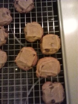 Photo of Nestlé® Toll House® Refrigerated Chocolate Chip Cookie Bar Dough uploaded by Rachel M.