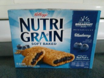 Nutri-Grain Multi-Grain Fruit Crunch Strawberry Parfait Granola Bars uploaded by pauline t.