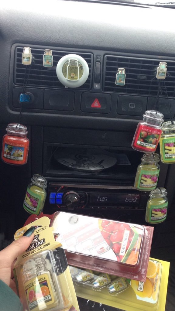 Yankee Candle Classic Car Jar North Pole Air Freshener uploaded by Mariah W.