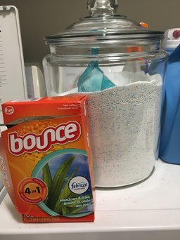 Bounce with Febreze Meadows & Rain Fabric Softener Sheets 90 ct Box uploaded by Alex S.