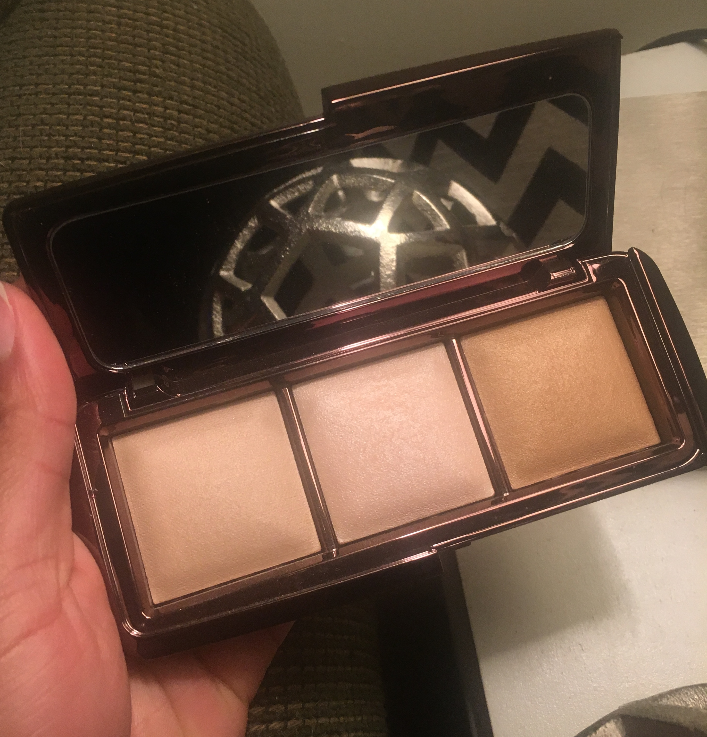Photo of Hourglass Ambient Lighting Palette uploaded by Yolanda M.