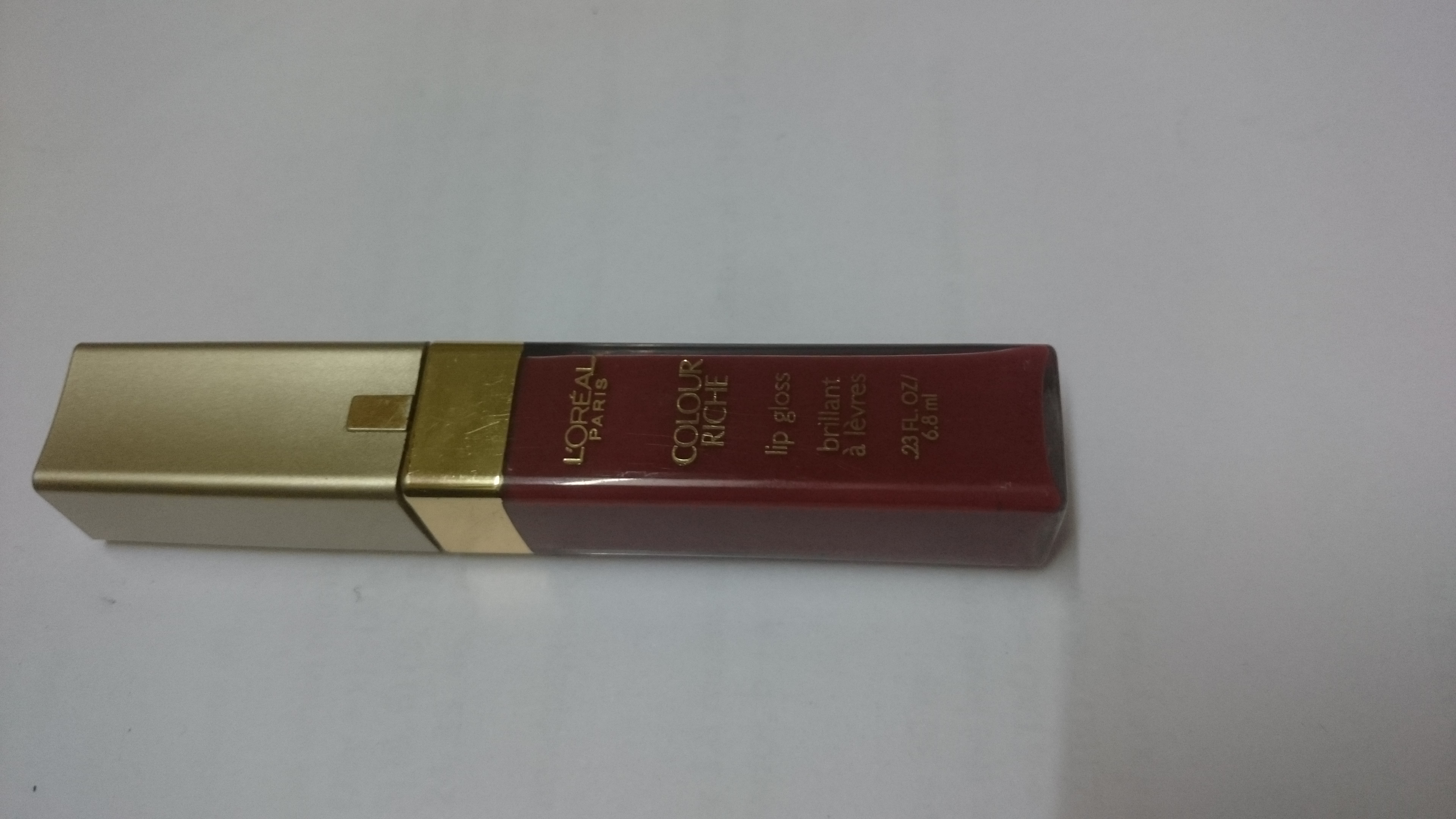 L'Oréal Paris Colour Riche Lip Gloss uploaded by Kiran S.