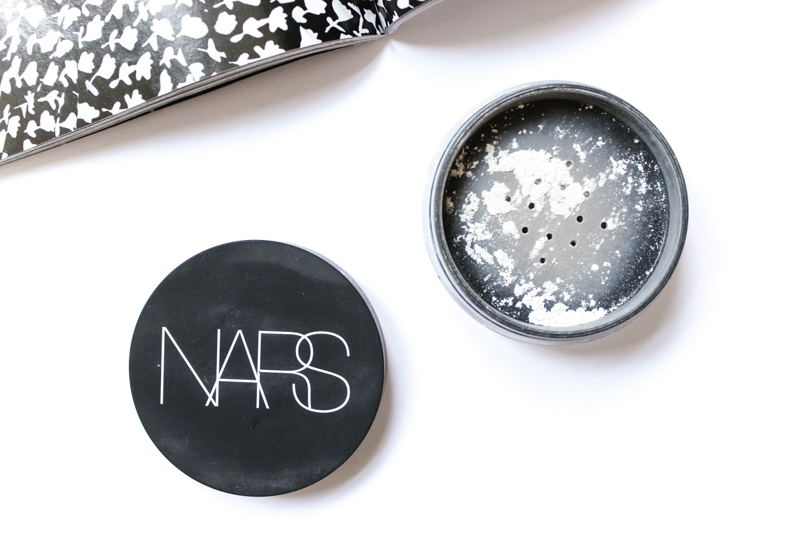 NARS 173883 Translucent Light Reflecting Loose Setting Powder 10 g-0.35 oz uploaded by Maria P.