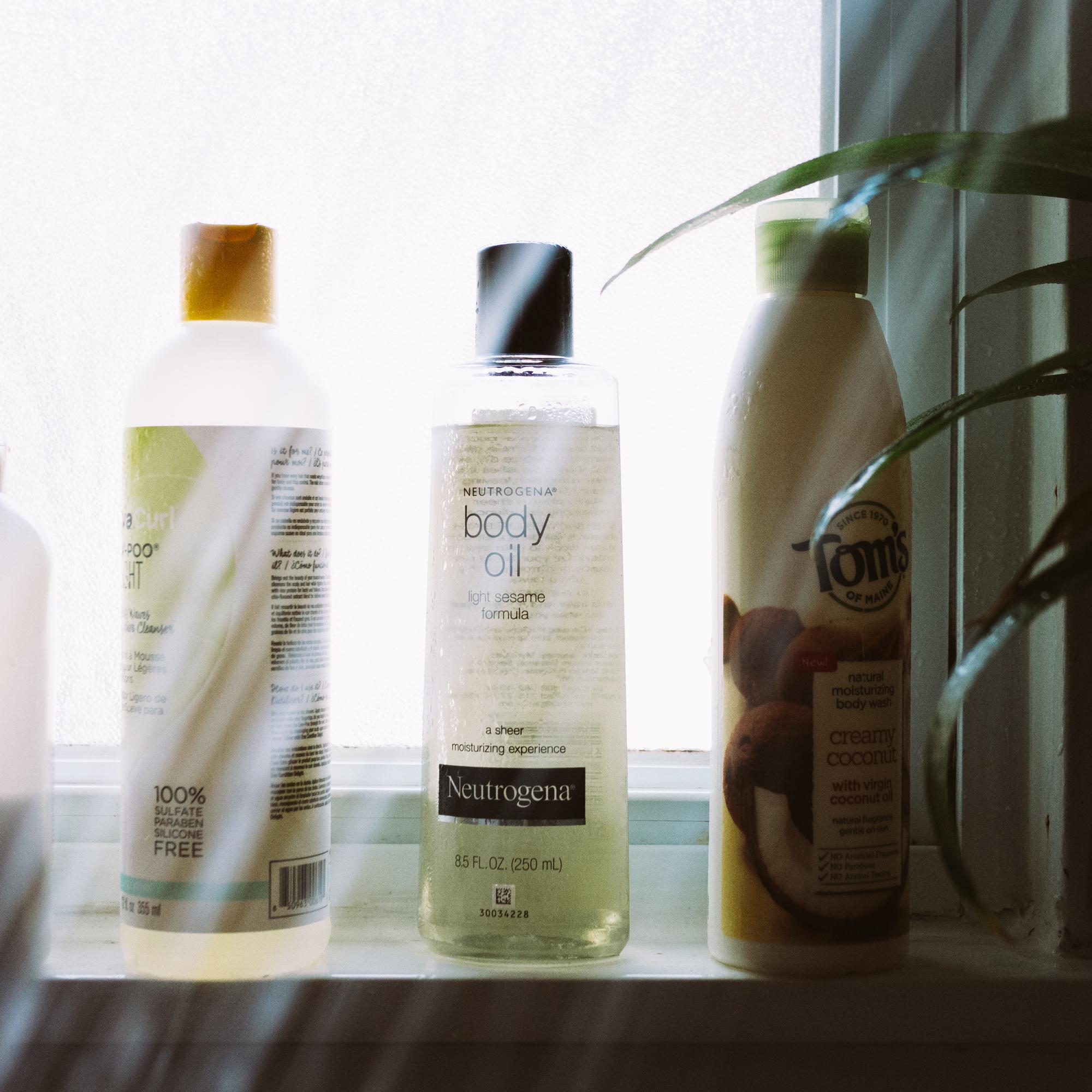 Photo of Neutrogena® Body Oil uploaded by Brei O.