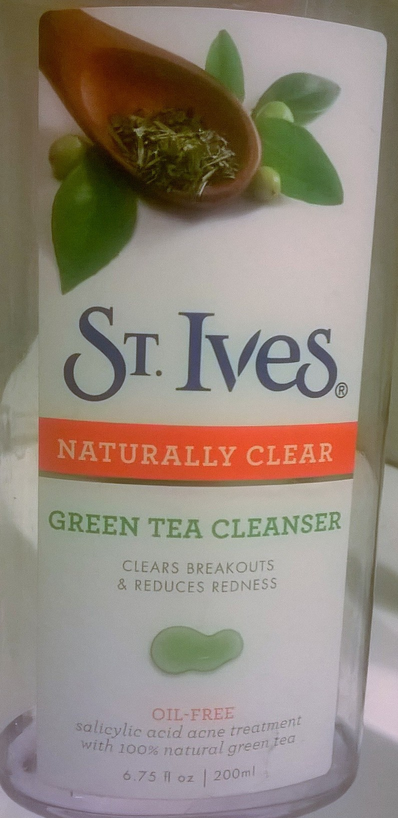 St. Ives Naturally Clear Green Tea Body Wash uploaded by Emely  M.