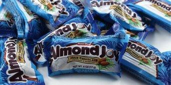 Photo of Almond Joy Snack Size Bites uploaded by Paola Z.