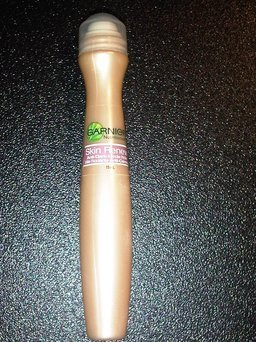 Garnier SkinActive Clearly Brighter Anti-Dark-Circle Eye Roller uploaded by Sandra L.