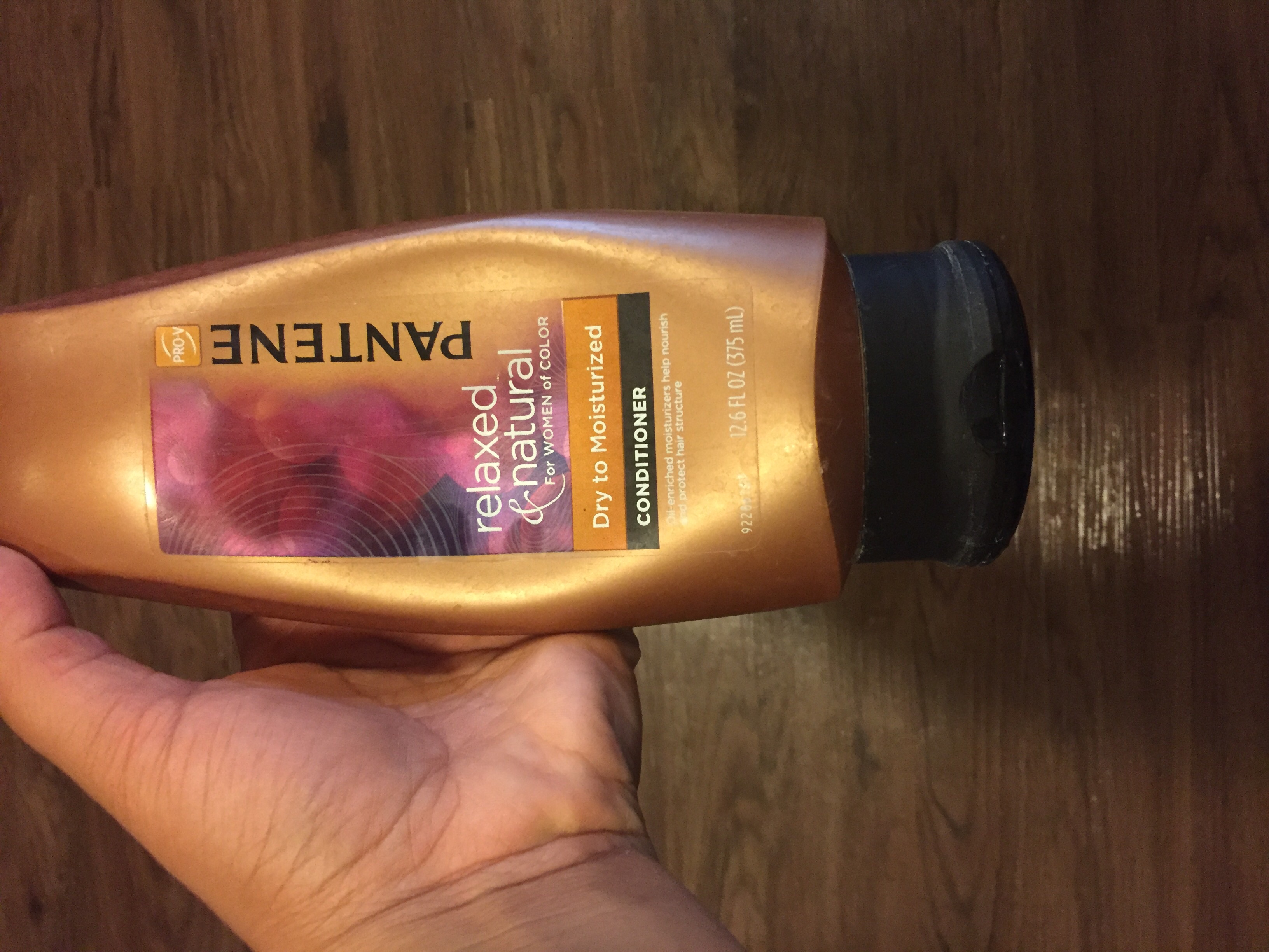 Pantene Relaxed & Natural Dry to Moisturized Conditioner uploaded by Chanel G.