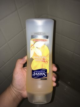 Suave® Essentials Everlasting Sunshine Body Wash uploaded by Kelsey S.