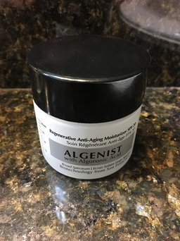 Algenist Regenerative Anti-Aging Moisturizer SPF 20 uploaded by Lily M.