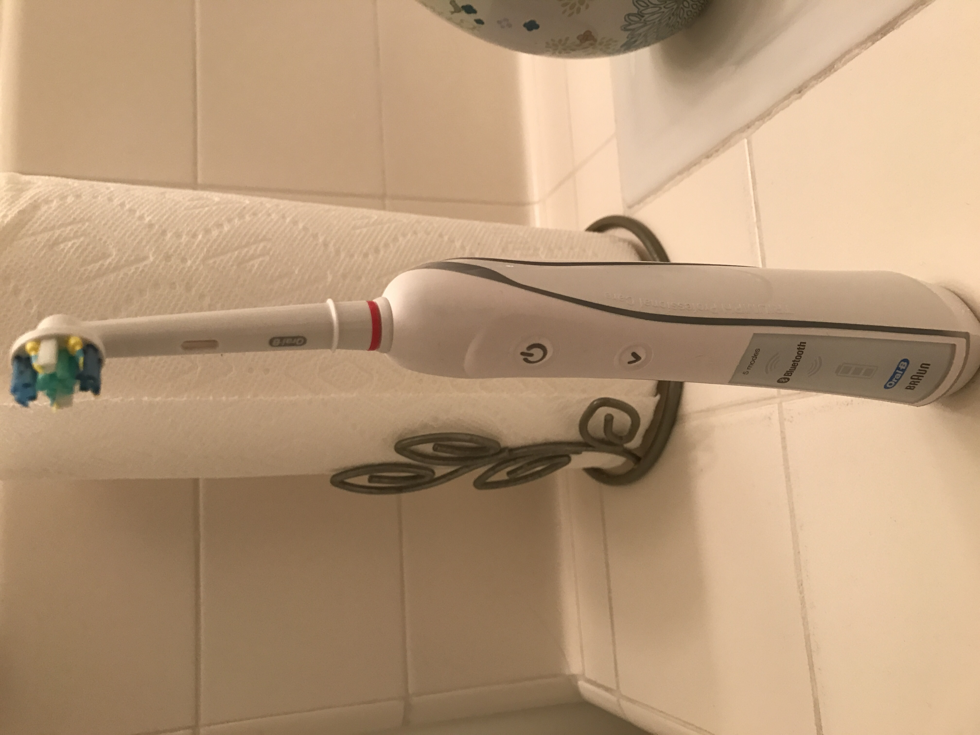 Photo of Oral-B 8000 Genius Electric Rechargeable Toothbrush uploaded by Munisa S.