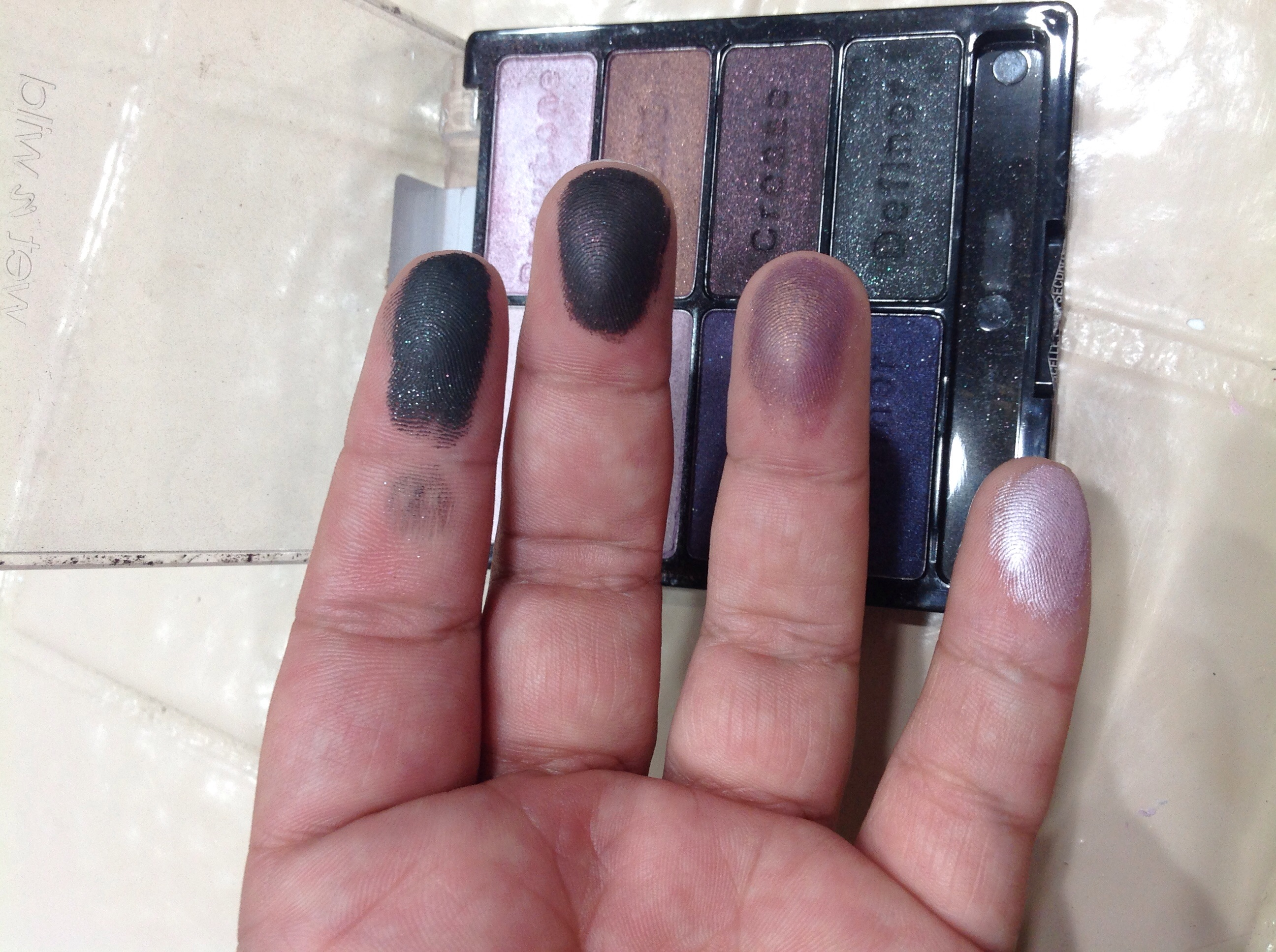 wet n wild Color Icon Eyeshadow Palette 5 Pan uploaded by Alex V.
