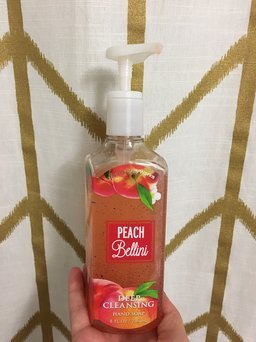 Bath & Body Works Anti-Bacterial Moisturizing Hand Soap Peach Bellini uploaded by Madison B.