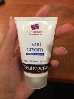 Neutrogena Norwegian Formula Hand Cream uploaded by Victoria S.