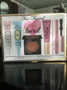Too Faced Shadow Insurance uploaded by Maria P.