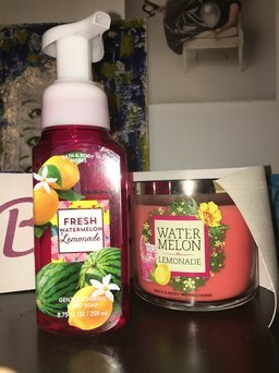 Bath & Body Works Anti-bacterial Gentle Foaming Hand Soap Watermelon Lemonade 8.75oz uploaded by Syd M.