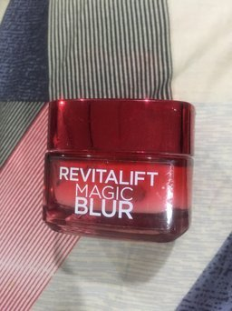 L'Oréal Paris Revitalift Anti-Ageing Magic Blur Moisturiser uploaded by Aveda T.