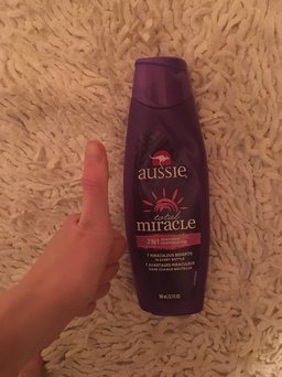 Aussie Total Miracle Collection 7 N 1 Shampoo uploaded by Nancy W.