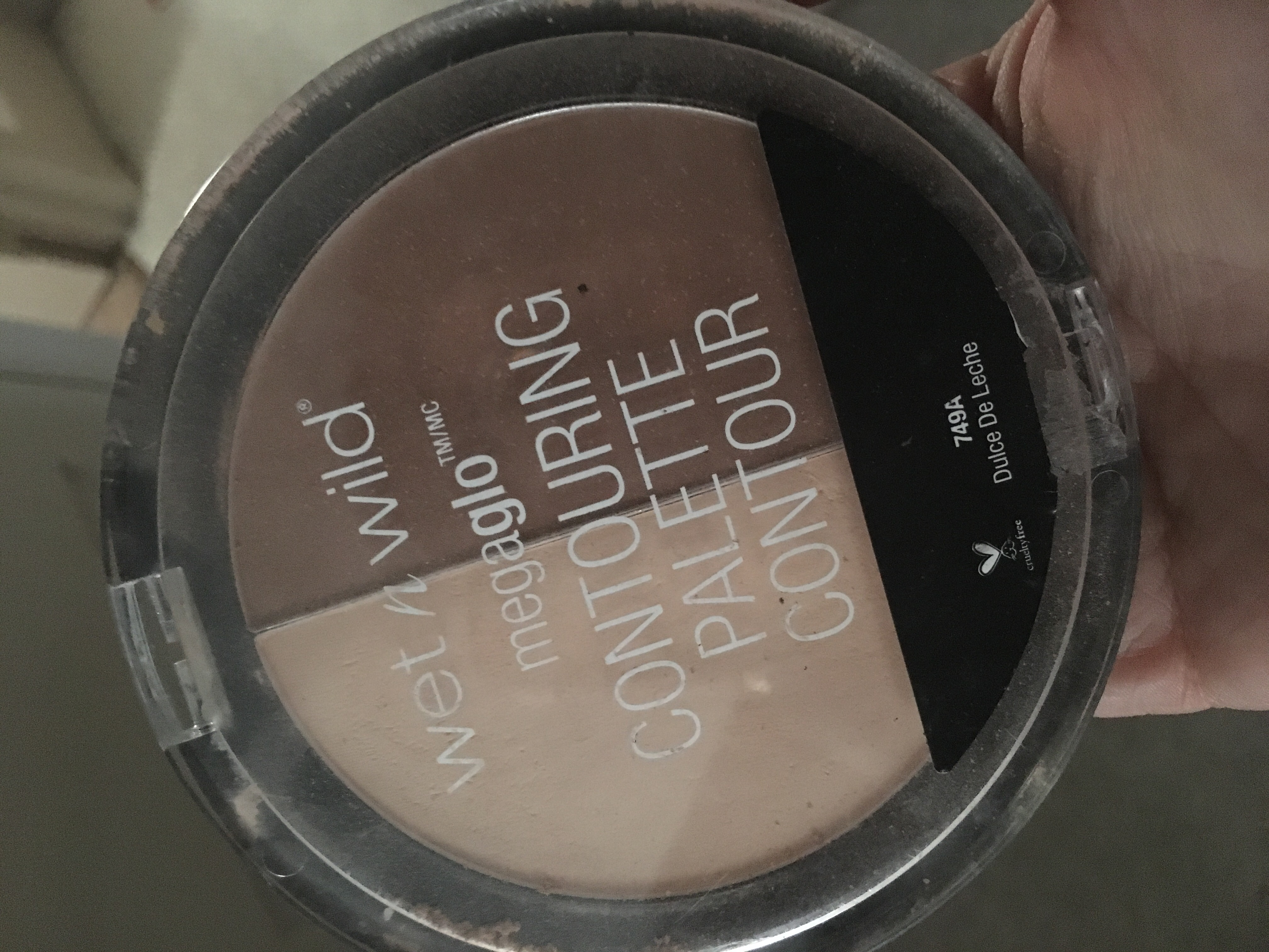 wet n wild MegaGlo Contouring Palette uploaded by Krista S.