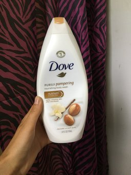 Photo of Dove Purely Pampering Almond Cream with Hibiscus Body Wash uploaded by Amber B.