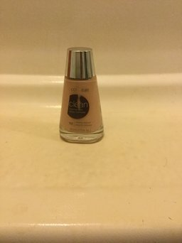 COVERGIRL Clean Normal Liquid Makeup uploaded by Ashli A.