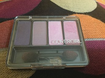 COVERGIRL Eye Enhancers 1 Kit Eyeshadow uploaded by Conchy V.