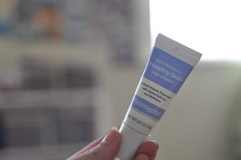 Neutrogena Healthy Skin Eye Cream uploaded by NADIA M.