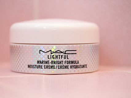MAC Lightful C Marine-Bright Formula Moisture Cream uploaded by Maria P.