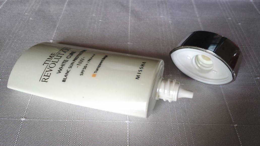 Time Revolution White Cure Blanc Sun Protector NW SPF50+/PA+++ uploaded by Exo a.