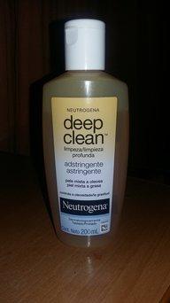 Neutrogena Deep Clean Invigorating Dual Action Toner uploaded by Javiera P.