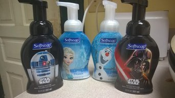 Softsoap Kids Frozen Hand Soap 8.5 fl oz uploaded by Sandra L.