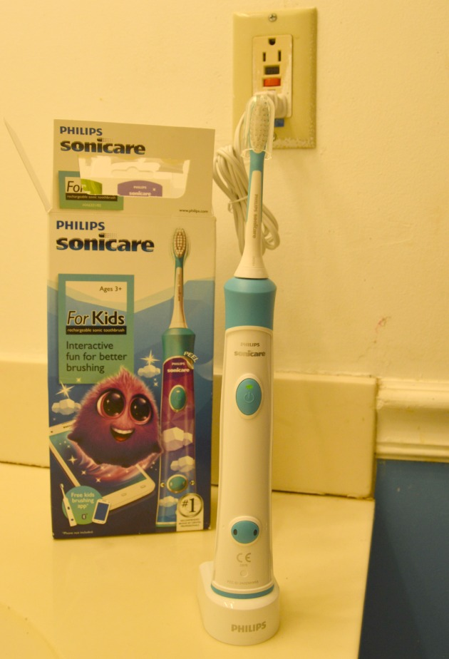 Philips Sonicare Rechargeable Electric Toothbrush for Kids uploaded by Gabriela A.