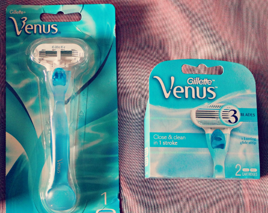 Photo of Gillette Venus Simply Venus Disposable Razors uploaded by Amparo V.