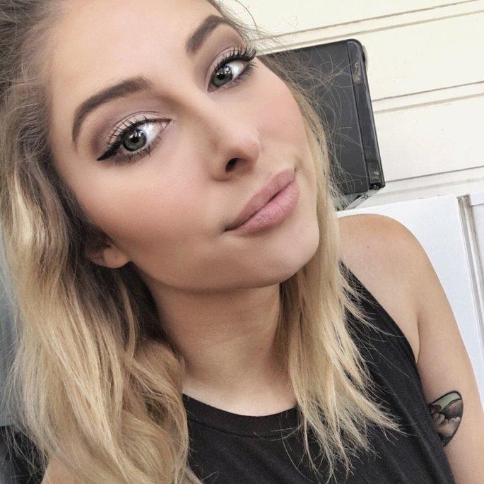 Kaitlyn R.