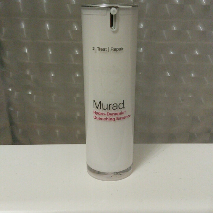 Murad Hydro-Dynamic® Quenching Essence