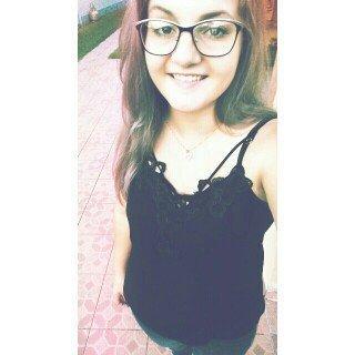 Bruna W.
