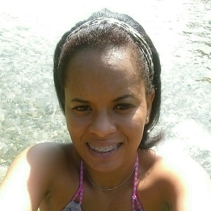 Nicole Camilo c.
