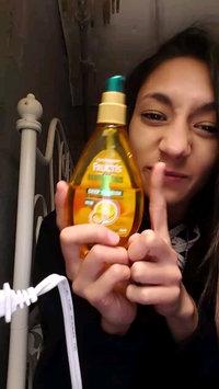 Video of Garnier Fructis Marvelous Oil Deep Nourish uploaded by Alana O.