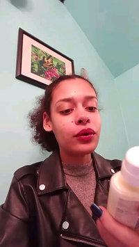 Video of Hawaiian Tropic® Silk Hydration Weightless SPF 30 Face Sunscreen uploaded by Ella C.