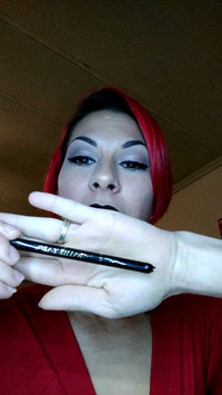 Video of Clinique Pretty Easy™ Liquid Eyelining Pen uploaded by Jessica K.
